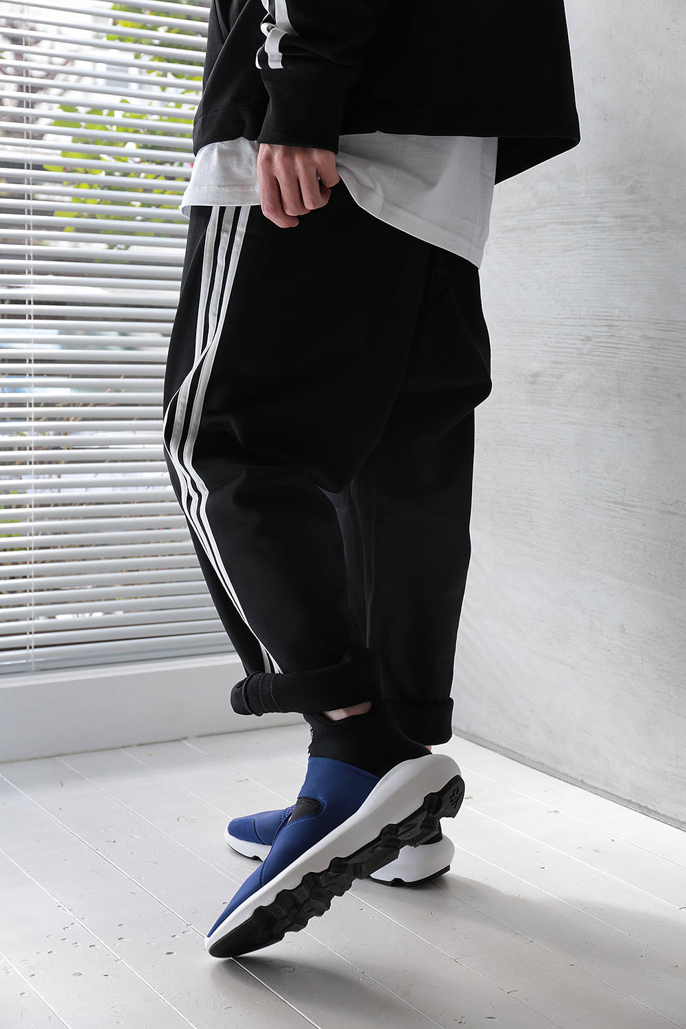 Y 3 3 STRIPES WIDE PANTS(BLACKCORE WHITE) XS