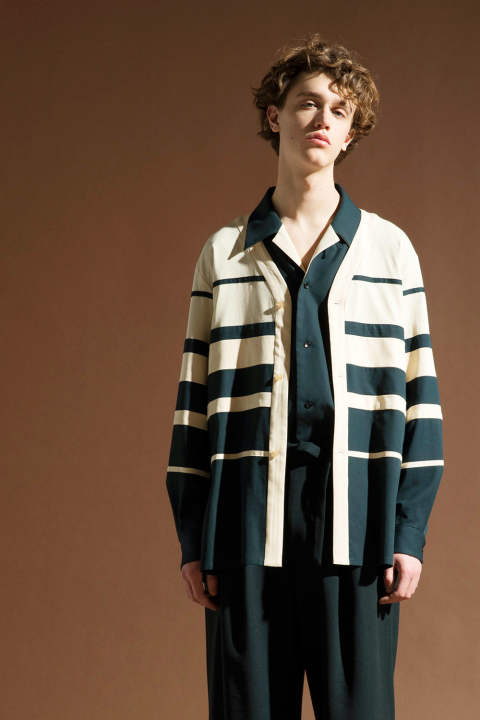 【ラスト1点/E218-303】GRADATION CARDIGAN(UNBLEACHED×GREEN)