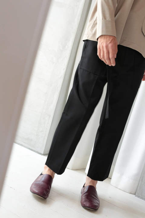 CROPPED TROUSER(BLACK)