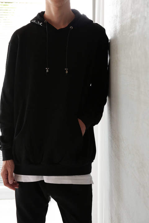 ALL OVER EMBROIDERED HOOD(BLACK)