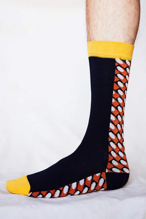 BOUNCEBACK SOCKS(ORANGE WHITE DOTS)