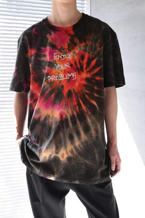 "OVERSIZED TIE&DYE T-SHIRT WITH  ""ENJOY YOUR PROBLEMS"" HAND EMBROIDERED ON THE FRONT(MULTI)"