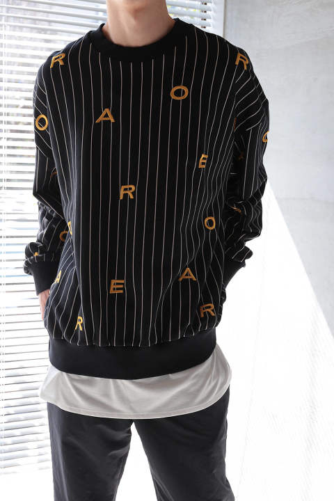 LETTER SWEAT(BLACK YELLOW LETTERS)