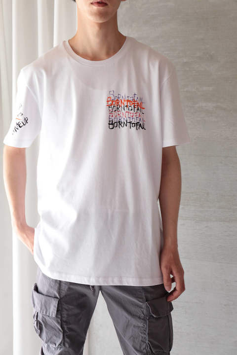 【ラスト1点】OVERSIZED T-SHIRT ALLOVER  HAND PAINTED AND EMBROIDERED(WHITE)