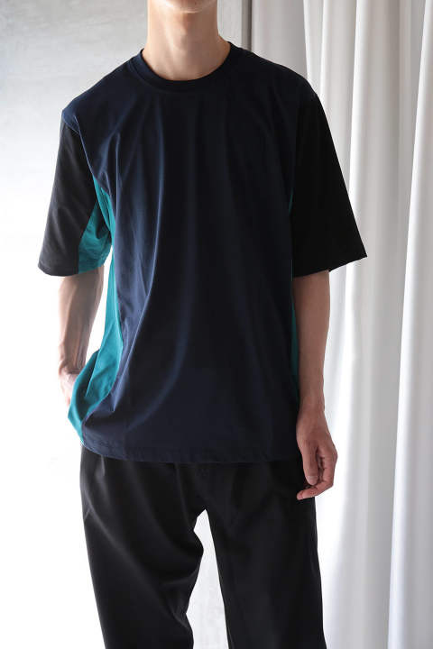 【ラスト1点】COLOR PANEL CUTSEW(NAVY/GREEN/BLACK)