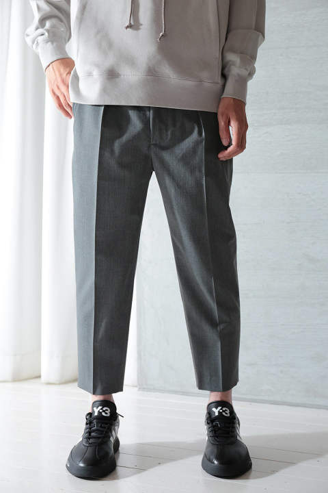 GABADINE PLEATED CROP TROUSERS(TOP GRAY)