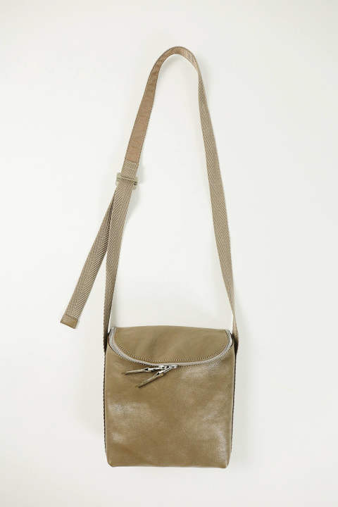 【SENTI】ROUND ZIP SHOULDER BAG(GREGE)