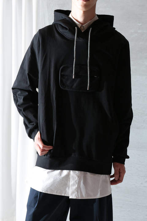 POUCH HOODIE(ONYX BLACK)