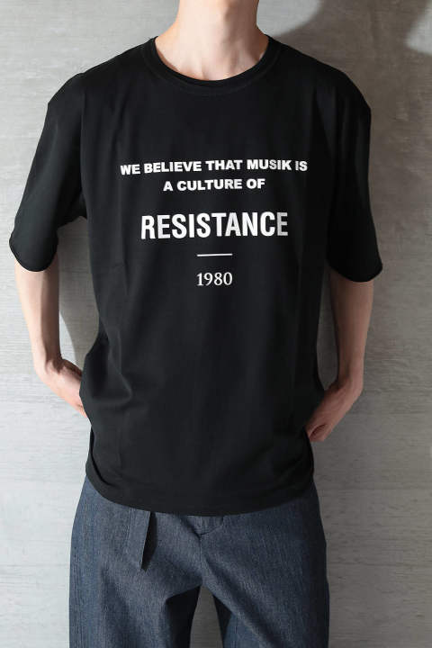 "GRAPHIC T-SHIRT ""RESISTANCE""(BLACK)"