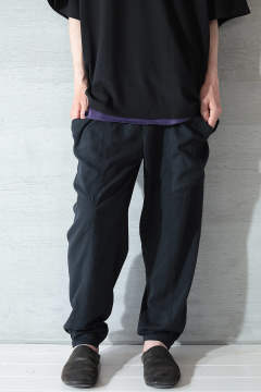 【ラスト1点】DYED TASLAN TUCK TAPERED PT(BLACK)